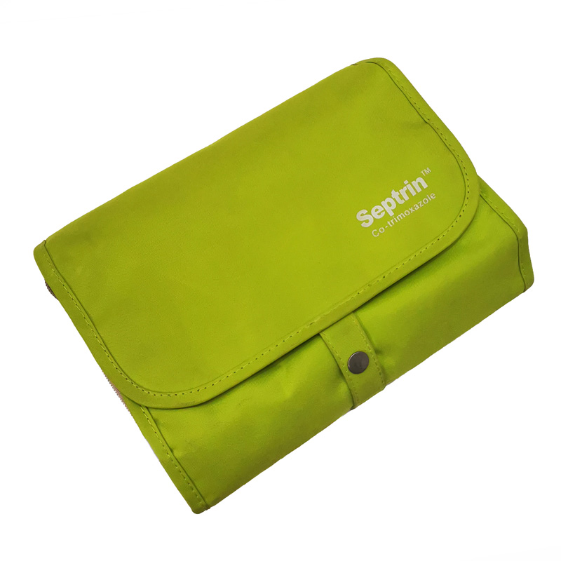 Large Capacity Toiletry Bag With Detachable Pouches